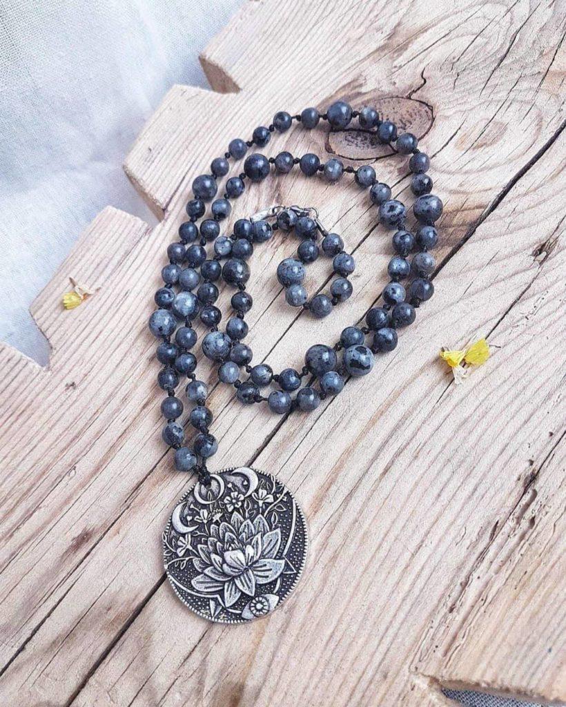 bijoux-en-pierres-collier